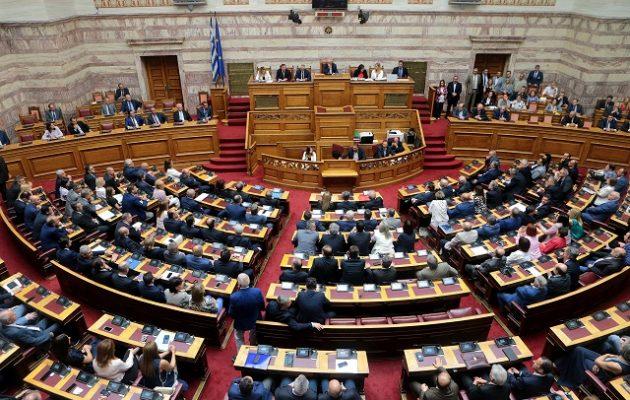 60 βουλευτές του ΣΥΡΙΖΑ ρωτούν όλους τους υπουργούς της κυβέρνησης για τις απευθείας αναθέσεις
