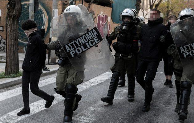 Κουκάκι: Αναβλήθηκαν οι δίκες των 20 κατηγορουμένων για τις καταλήψεις – Αφέθηκαν ελεύθεροι