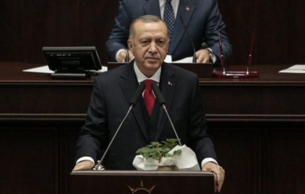Ερντογάν: «Θα δώσω ένα μάθημα στον Χαφτάρ»