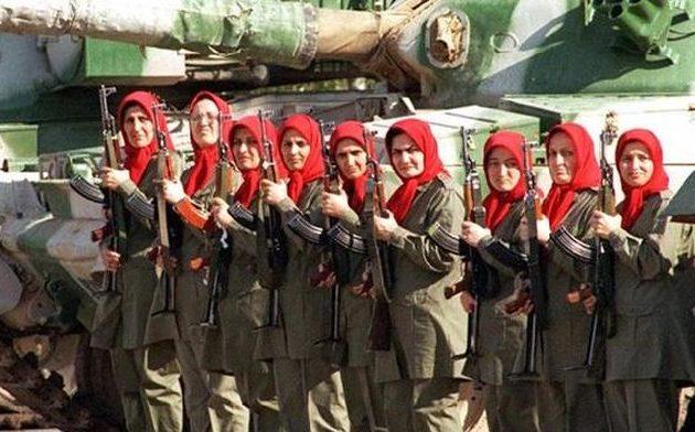 Η Αλβανία «είναι μια μικρή διαβολική χώρα» λέει ο ηγέτης του Ιράν
