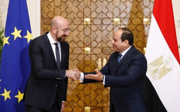 Την πολιτική λύση για τη Λιβύη προέκρινε ο Σαρλ Μισέλ στη συνάντηση με Άμπντελ Φατάχ αλ Σίσι