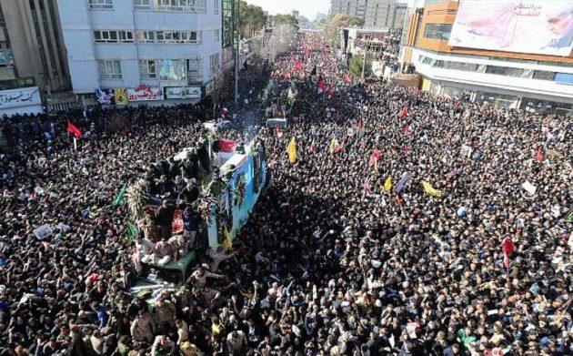 40 νεκροί και 213 τραυματίες στην κηδεία Σολεϊμανί που ακυρώθηκε – Ποδοπατήθηκαν μέχρι θανάτου
