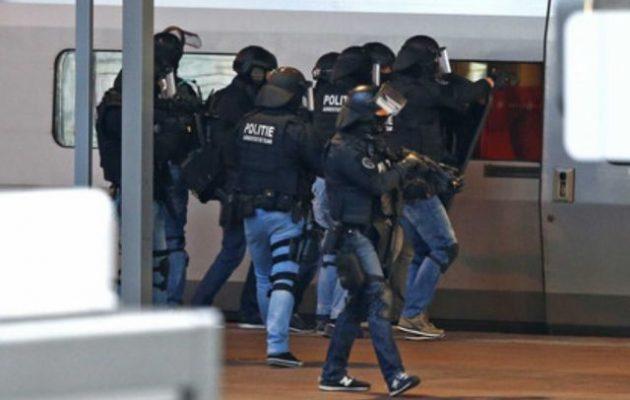 Συνελήφθη άνδρας που φώναζε «Αλλαχού Ακμπάρ» μέσα στην αμαξοστοιχία «Thalys»