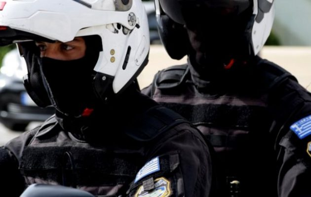 Συνελήφθη στη Γλυφάδα ο πορτιέρης που σκότωσε τον Αυστραλό Ντουζόν Σαμίτ στη Μύκονο