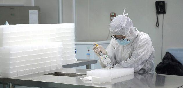 ΠΟΥ: Οι πλούσιοι μην ποδοπατήσουν τους φτωχούς στην κούρσα για το εμβόλιο