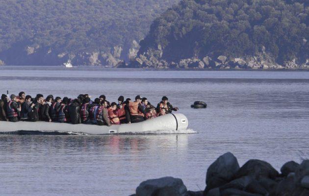 Προκλητική δήλωση διακινητή: Οι μετανάστες να έρθουν στα παράλια να τους περάσουμε στα ελληνικά νησιά (βίντεο)