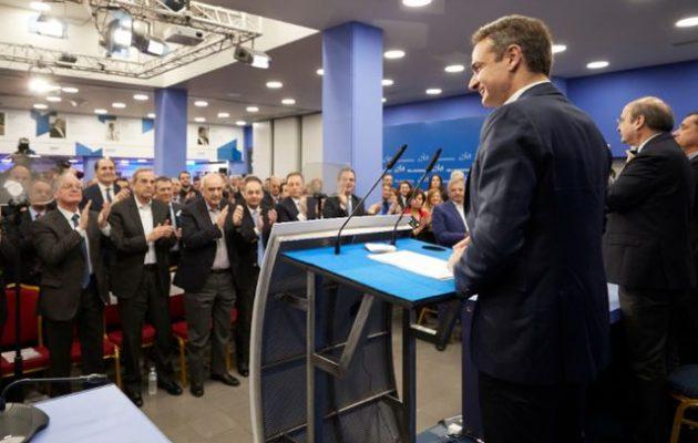Ο Μητσοτάκης σκότωσε τις πρόωρες εκλογές – «Αιφνιδιαστήκαμε» από το προσφυγικό