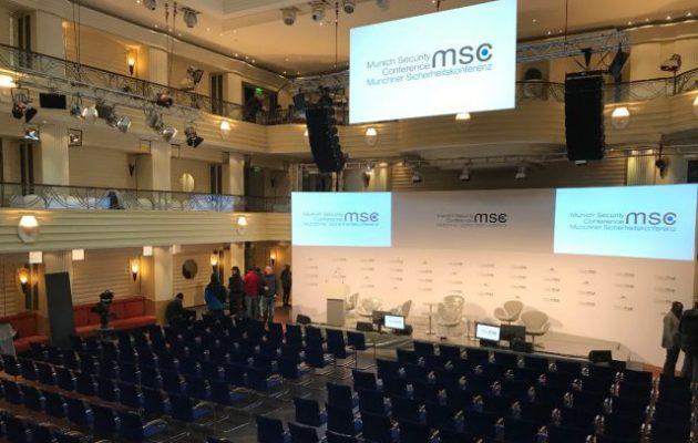 Ηγέτες, κορυφαίοι υπουργοί Εξωτερικών, διπλωμάτες και πολιτικοί στη Διάσκεψη του Μονάχου