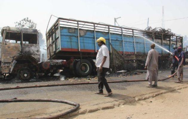 Νιγηρία: Τζιχαντιστές επιτέθηκαν σε φορτηγά που μετέφεραν αμάχους, σκότωσαν και απήγαγαν γυναικόπαιδα