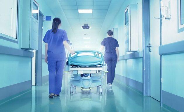 Το Δημόσιο ζητά 50.000 ευρώ από απολυμένη νοσηλεύτρια με πλαστό πτυχίο