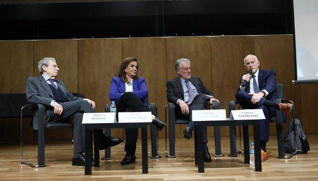 Προσφυγή στη Χάγη θέλουν Μπακογιάννη και Παπανδρέου