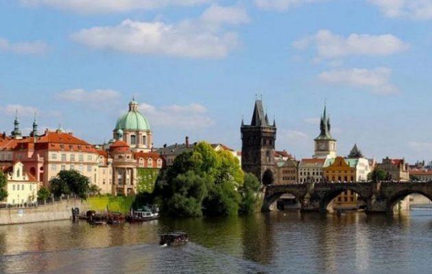 Εφιάλτης για 17 Έλληνες μαθητές στην Πράγα – Τι συνέβη