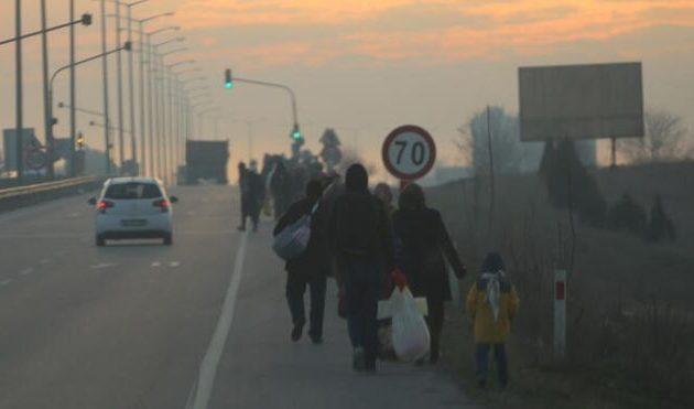 Ομέρ Τσελίκ: Δεν μπορούμε να συγκρατήσουμε τις προσφυγικές ροές