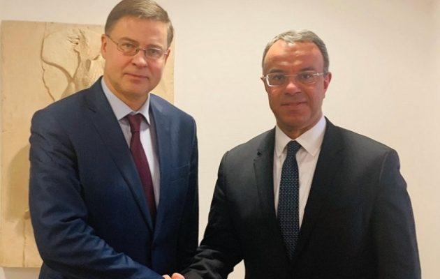 Ο Σταϊκούρας είδε Ντομπρόβσκις – Στο επίκεντρο μεταρρυθμίσεις και δημοσιονομική πολιτική