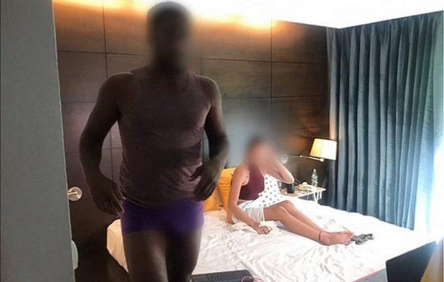 Τουρίστες πιάστηκαν να γυρίζουν παράνομα πορνό – Κινδυνεύουν με 5 χρόνια φυλακή