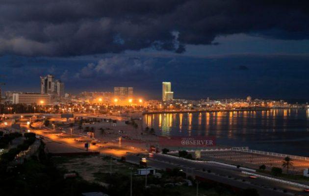 Λιβύη: Πυροβολικό βομβάρδισε συνοικίες της πρωτεύουσας Τρίπολης
