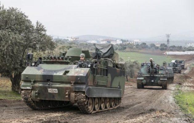 Ο Χουλουσί Ακάρ απείλησε ότι η Τουρκία θα κατακτήσει την Ιντλίμπ