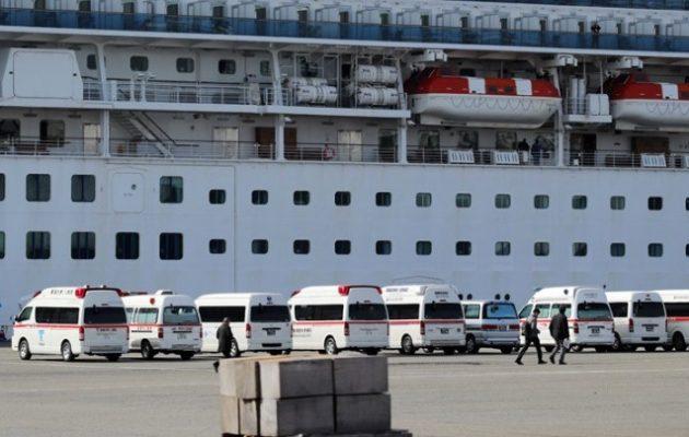 Τρόμος σε κρουαζιερόπλοιο: 61 επιβαίνοντες έχουν προσβληθεί από τον κοροναϊό