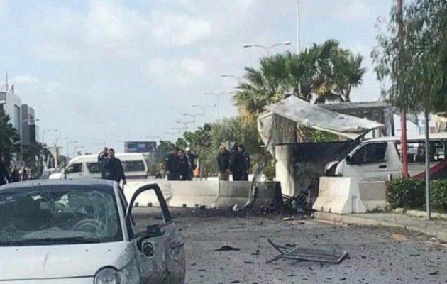 Βομβιστική επίθεση αυτοκτονίας στην Αμερικανική Πρεσβεία στην Τυνησία
