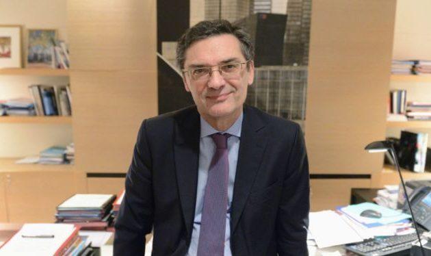 Πέθανε από κορωνοϊό ο Γάλλος πολιτικός και πρώην υπουργός Πατρίκ Ντεβετζιάν