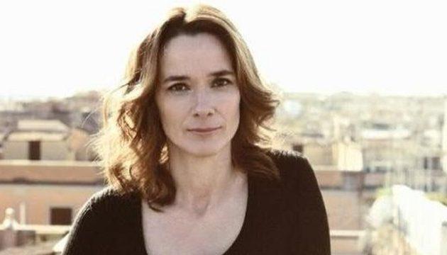 Ιταλίδα συγγραφέας: Σας γράφω από το μέλλον σας – Είμαστε εκεί που θα είστε σε λίγες μέρες