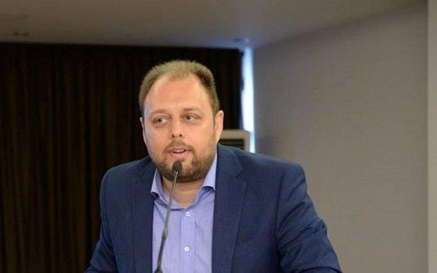 Kαταγγελία ΓΣΕΕ: Eργοδότες εκβιάζουν υπαλλήλους για το επίδομα των 800 ευρώ