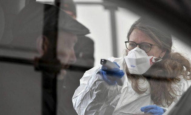 Κοροναϊός: Γερμανοί επιστήμονες προβλέπουν 930 κρούσματα μέχρι το Σάββατο στην Ελλάδα