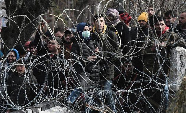 Μιχάλης Ιγνατίου: Η Τουρκία έχει εκπαιδεύσει ένα στρατό τζιχαντιστών που θέλει να τον περάσει από τον Έβρο
