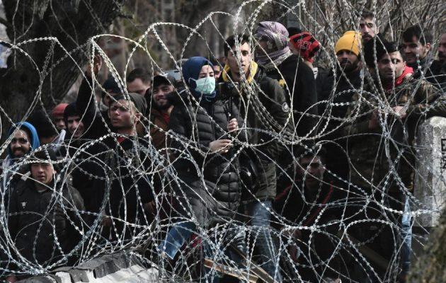Συγκεντρώνονται ξανά μετανάστες για «γιουρούσι» στον Έβρο