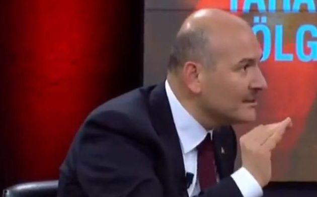 Καθεστώς κομπλεξικών: Ερευνάται Τούρκος πολίτης επειδή χαρακτήρισε «φαλακρό» τον φαλακρό Σοϊλού