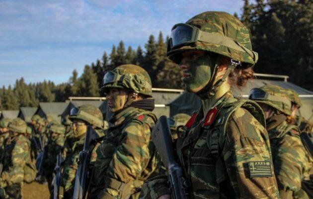 Αυξάνεται η στρατιωτική θητεία στους 12 μήνες για τον Στρατό Ξηράς