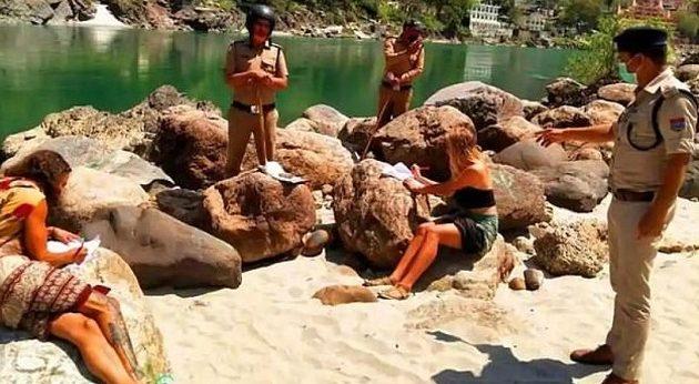 Κορωνοϊός: Τελείωσαν τα λεφτά σε 6 τουρίστες ενώ έκαναν διακοπές και κρύβονταν σε σπηλιά