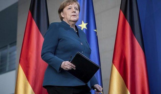 Der Spiegel: «Μη-αλληλέγγυα, μικρόψυχη και δειλή» η Μέρκελ