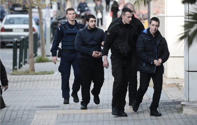 Αλβανός φονιάς της Τοπαλούδη: «Δεν βιάστηκε ποτέ, ήρθε με τη θέλησή της»