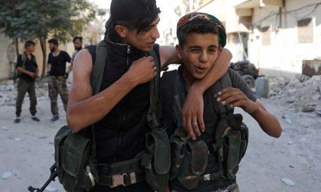 Η Τουρκία στρατολογεί ανήλικους και τους στέλνει μισθοφόρους στη Λιβύη