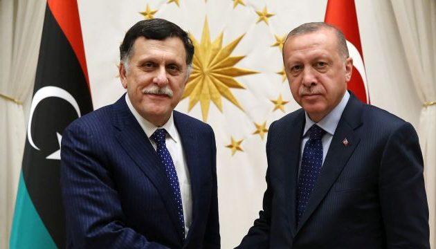 Κρύος ιδρώτας έλουσε τον Ερντογάν όταν έμαθε ότι ο Σαράτζ παραιτείται – «Αναστατώθηκα» παραδέχθηκε
