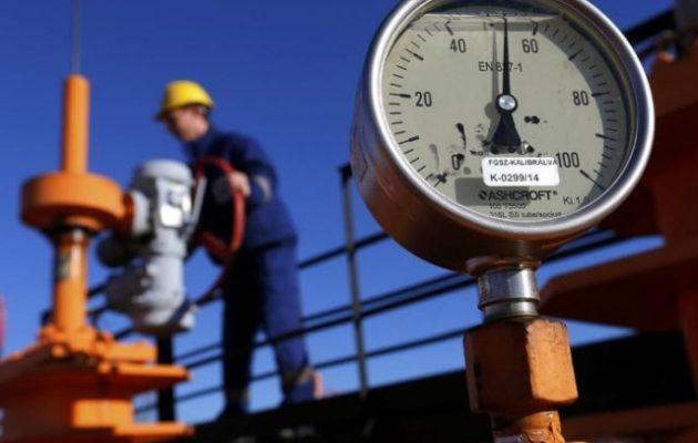 Η Ρωσία χρησιμοποιεί το φυσικό αέριο ως «όπλο» για να γονατίσει με την ακρίβεια την Ευρώπη