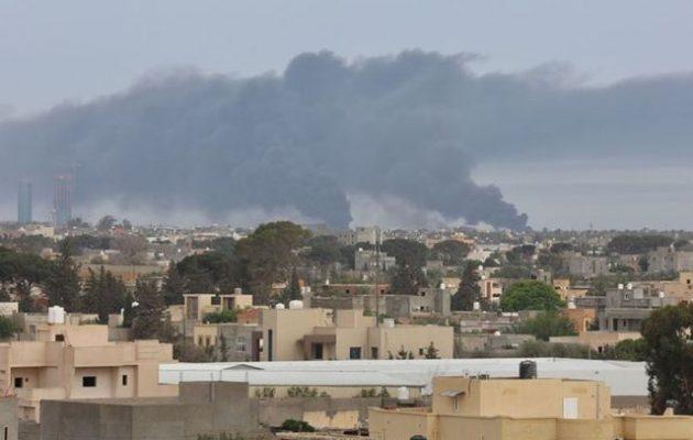 Ο Λιβυκός Εθνικός Στρατός (LNA) βομβάρδισε το αεροδρόμιο Μιτίγκα της Τρίπολης