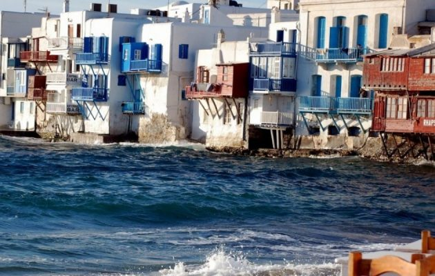 Σε τρεις ζώνες επικινδυνότητας για τον κορωνοϊό χωρίζεται η χώρα – Τα επικίνδυνα νησιά