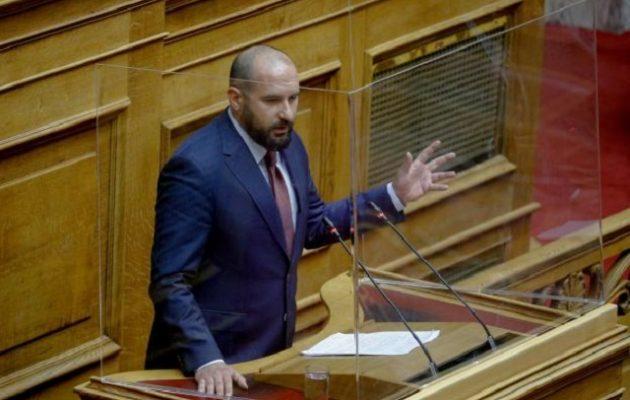 Τζανακόπουλος: Πολιτική επιλογή να γίνει το χατίρι του Σαμαρά
