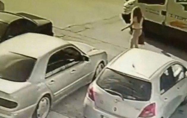 Επίθεση με βιτριόλι: Βρέθηκε ο οδηγός που μετέφερε την «μαυροφορεμένη» στην Καλλιθέα