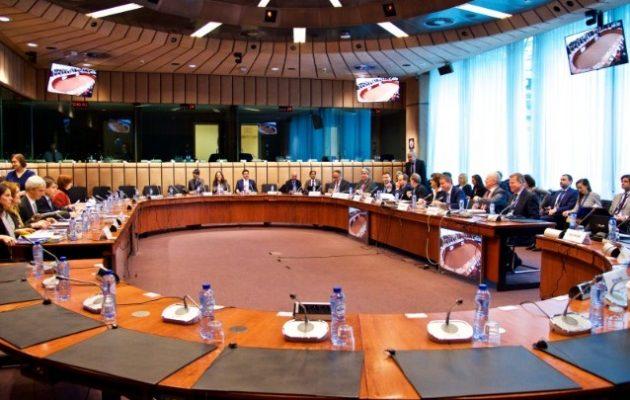 Eurogroup: Λιγότερα από 4 δισ. ευρώ τα «φθηνά» δάνεια που μπορεί να πάρει η Ελλάδα από τον ESM