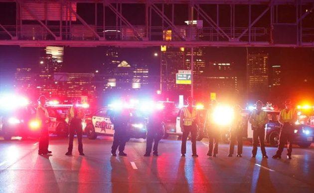 Βγήκαν τα όπλα στις ΗΠΑ: Νεκροί και τραυματίες σε Μινεάπολη, Νέα Υόρκη, Σιάτλ