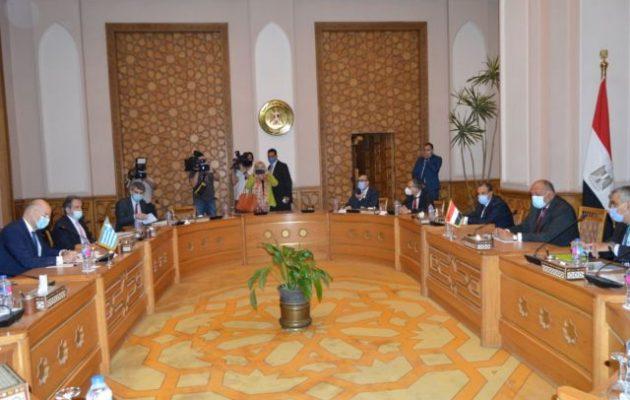 Ικανοποιημένη η Αίγυπτος από την επίσκεψη Δένδια – Τι λέει για ΑΟΖ, Λιβύη και ενέργεια