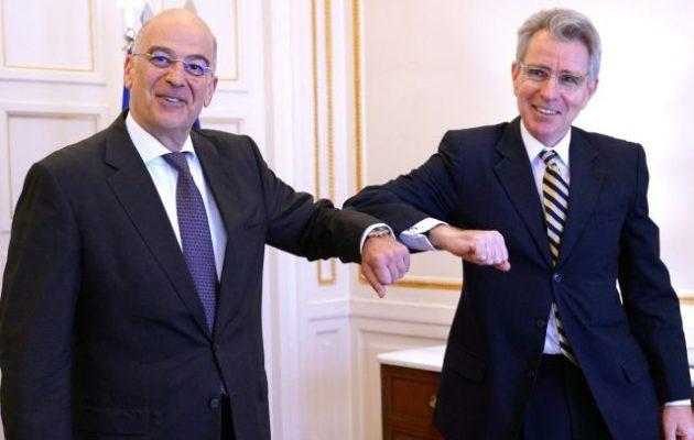 Τζέφρι Πάιατ: Η Τουρκία να σταματήσει τις αποστολές όπλων και τζιχαντιστών στη Λιβύη
