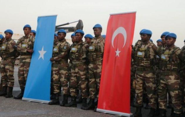 Ο Ερντογάν μετατρέπει τη Σομαλία σε τουρκικό προτεκτοράτο