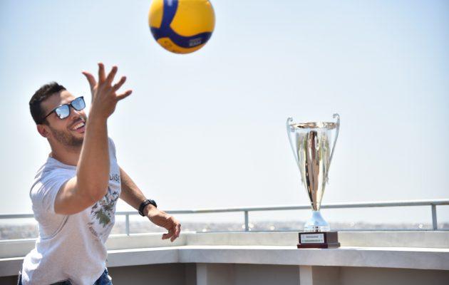 O πρωταθλητής βόλεϊ Παναθηναϊκός σηκώνει ξανά το κύπελλο