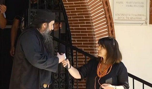 Ιερέας στην Εορδαία: Κάποιοι πληρώθηκαν για να πουν οτι έχασαν συγγενείς απο κορωνοϊό