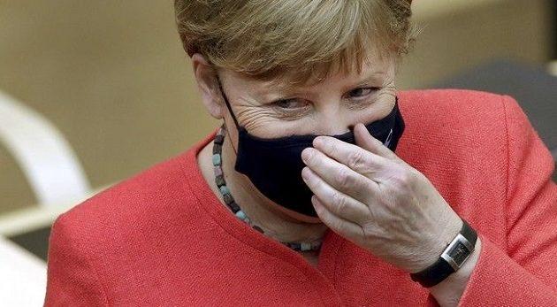 Η Μέρκελ εμφανίστηκε πρώτη φορά στο κοινοβούλιο με μάσκα για τον κορωνοϊό