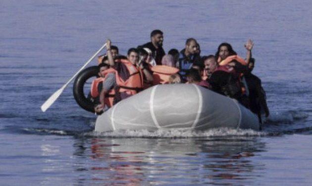 Λέσβος: Εξαρθρώθηκε δίκτυο παράνομης διακίνησης μεταναστών – Συνελήφθησαν τέσσερα μέλη ΜΚΟ